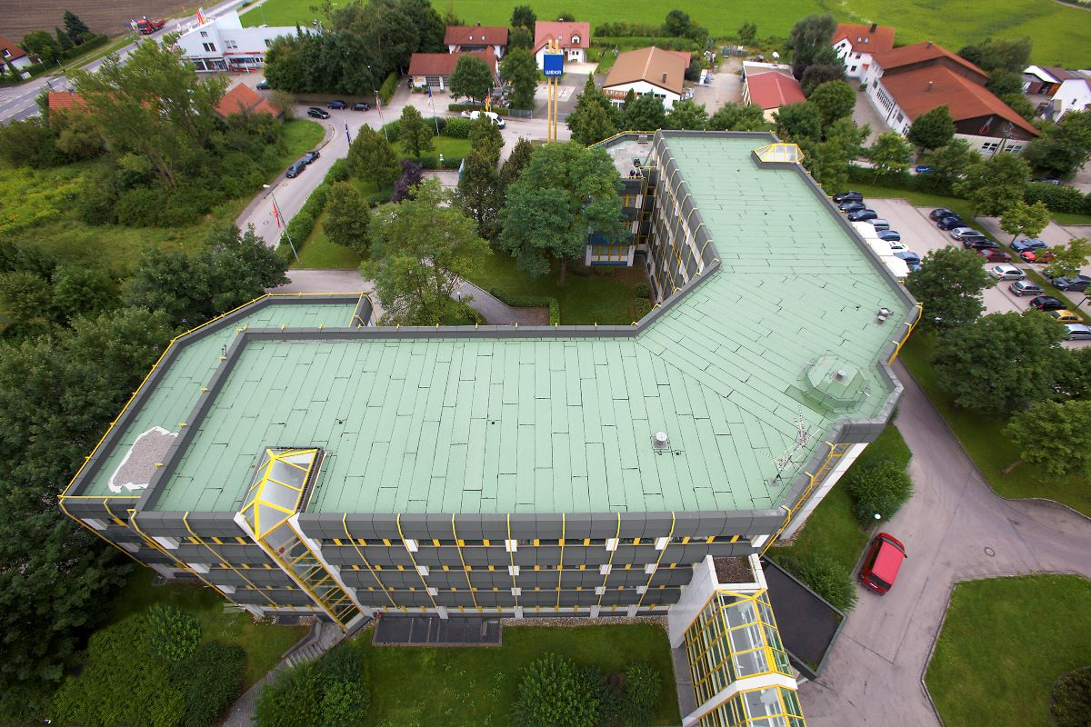 Rolul acoperisurilor in arhitectura organica si ca element decorativ