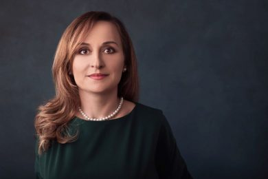 1..Roxana_Mircea_managing_partner_REI_FINANCE_ADVISORS_web