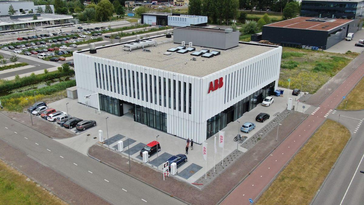 ABB accelereaza inovatia in domeniul  mobilitatii electrice prin deschiderea  unui nou centru global de cercetare si  dezvoltare