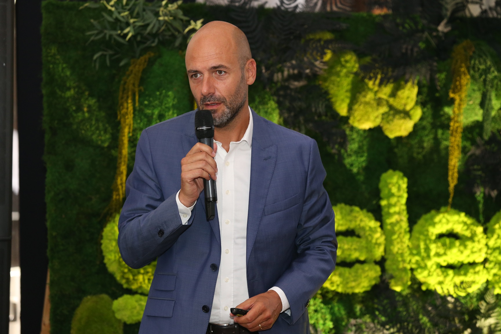 "STUDIU PAN-EUROPEAN ""L'Observatoire Cetelem"", editia 2019. 90% dintre romani prefera sa consume local"