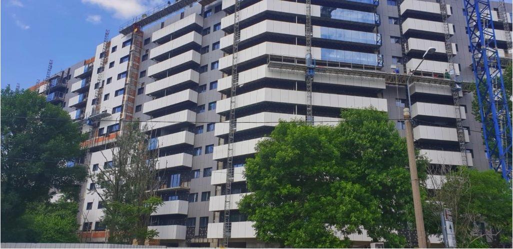 Alukönigstahl Romania livreaza  sisteme de ferestre, usi si pereti cortina pentru noi proiecte rezidentiale