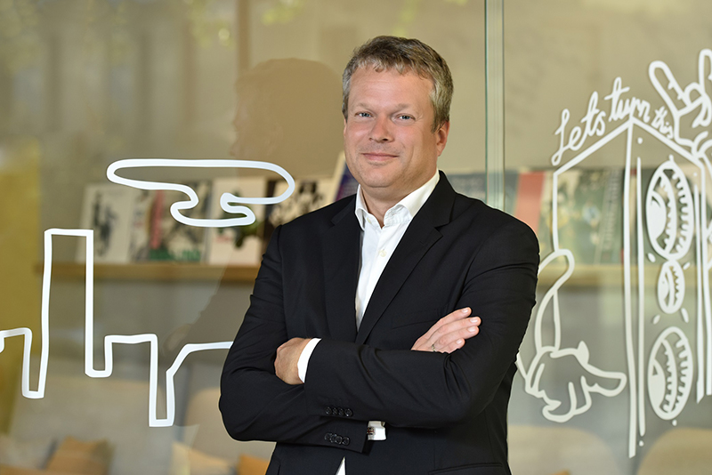 CBRE Romania l-a recrutat pe Gijs Klomp pentru functia de Head of Investment Properties. Gijs a fost implicat in tranzactii imobiliare de peste 2 miliarde de euro in Europa Centrala si de Est