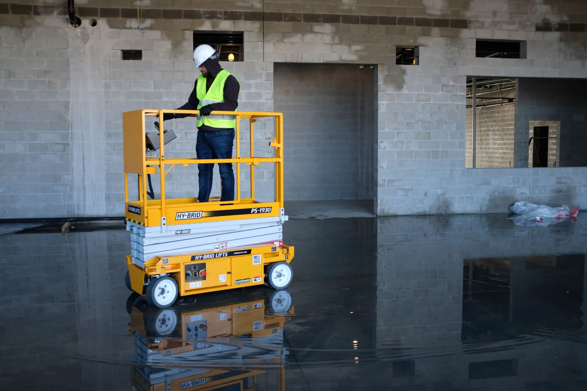 Hy-Brid Lifts Meet Updated Safety Standards in U.S. and Canada
