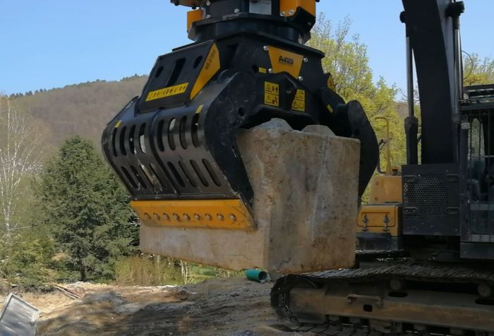 EVERYTHING COMES IN THREES! MB Crusher presents three new models of sorting grapples