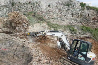 R500-Bobcat-E55-Corse-Roadworks-rocks-5-.640×400
