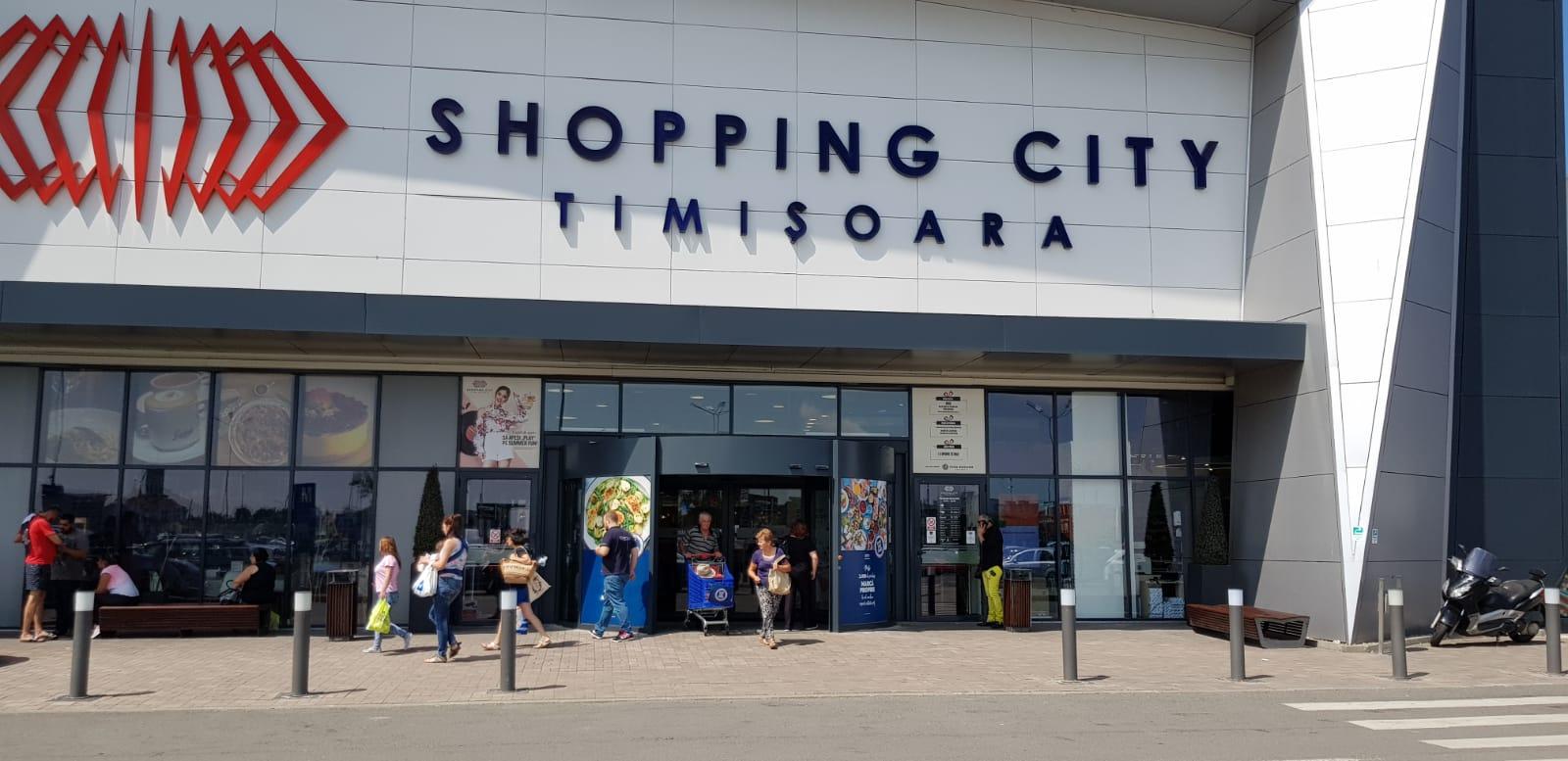 GEZE a echipat Shopping City Timisoara cu un sistem de usa  revolutionar si personalizat
