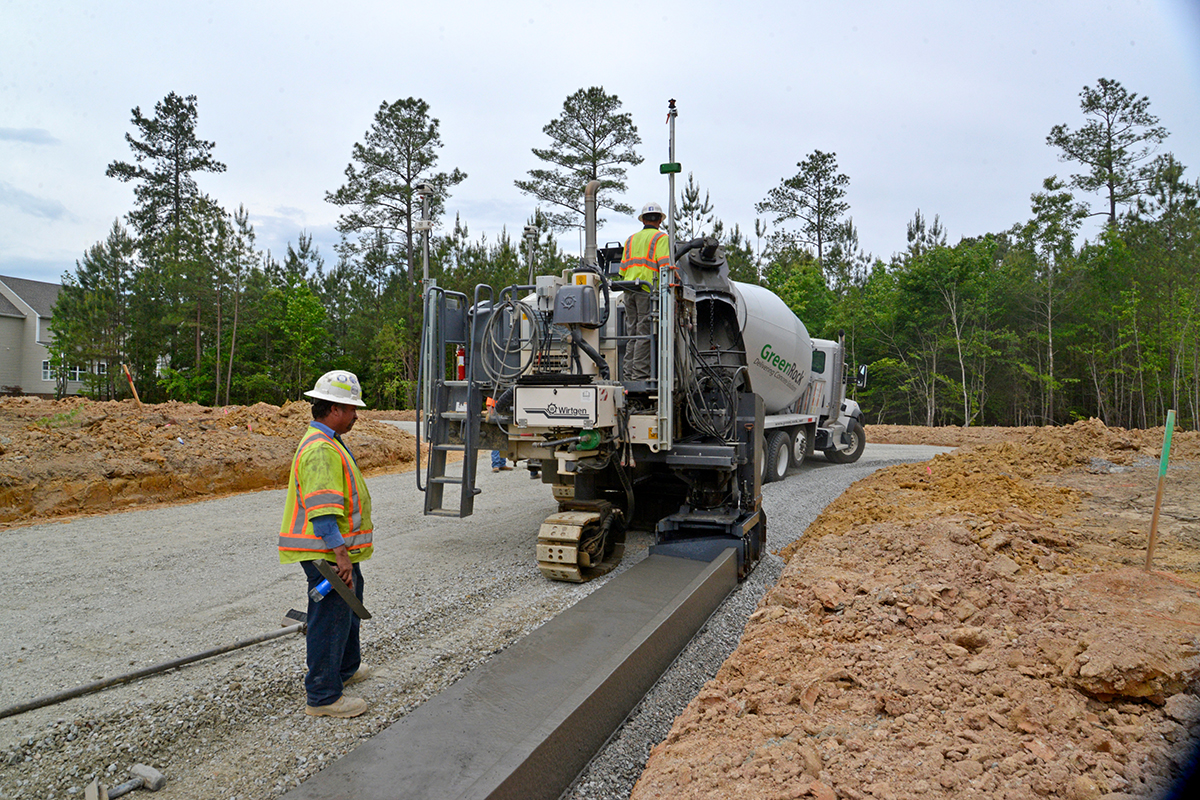 Wirtgen Autopilot 2.0 Significantly Speeds up Concrete Paving Projects