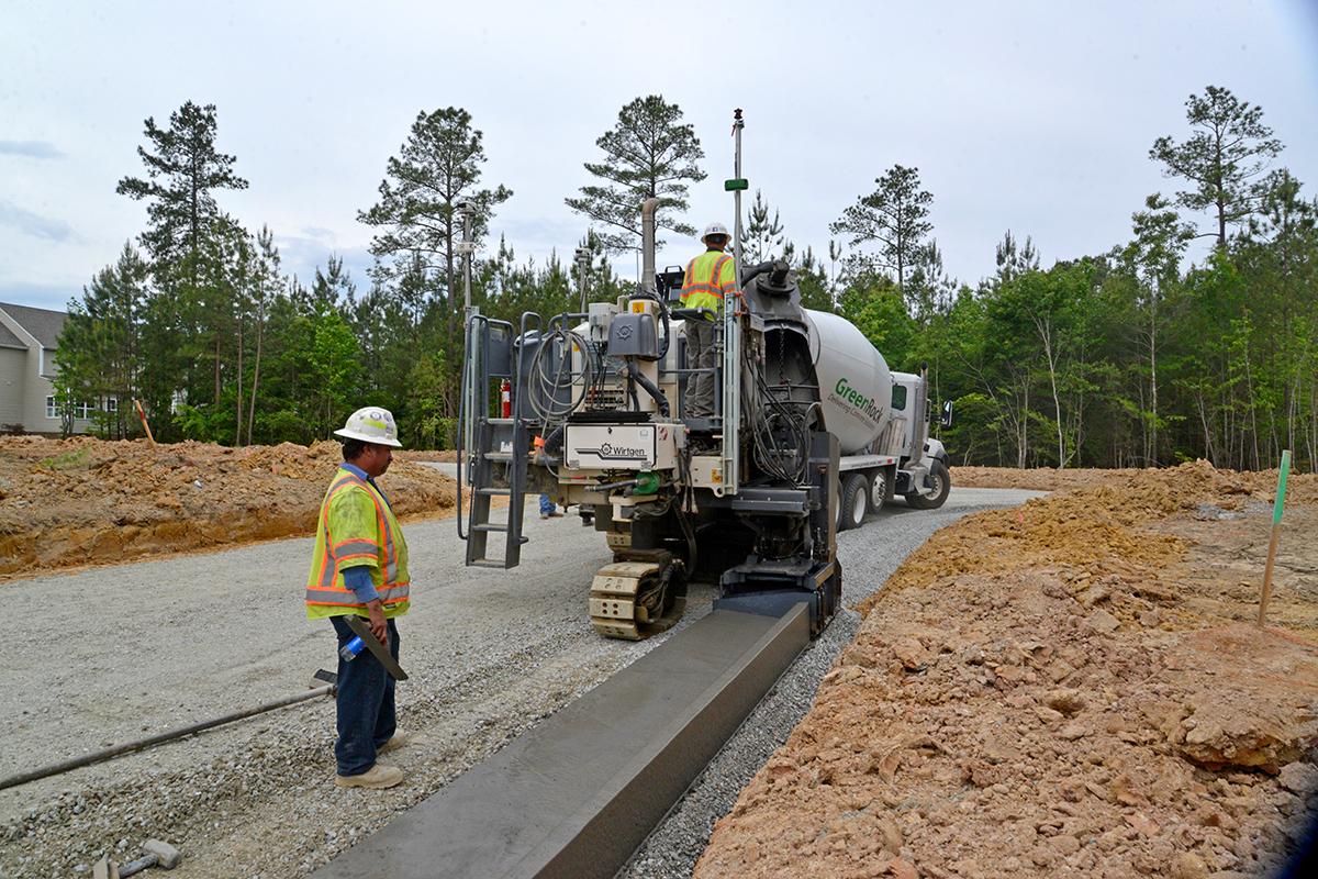 Wirtgen Autopilot 2.0 Significantly Speeds up Concrete Paving Projects