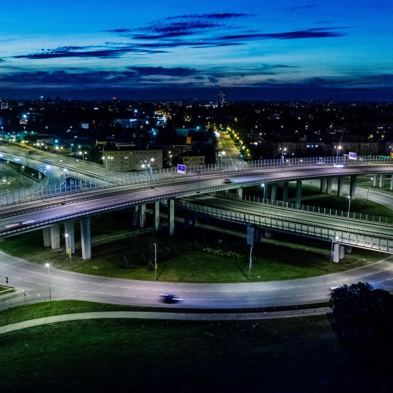România şi infrastructura sau zis altfel, marmota şi staniolul