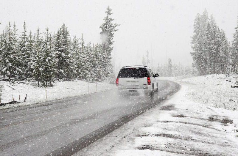 snow-1281636_1920-980×525