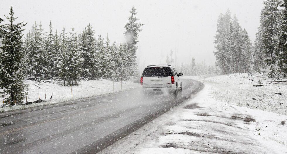Atentie soferi! Reguli pentru siguranta in trafic pe timp de iarna
