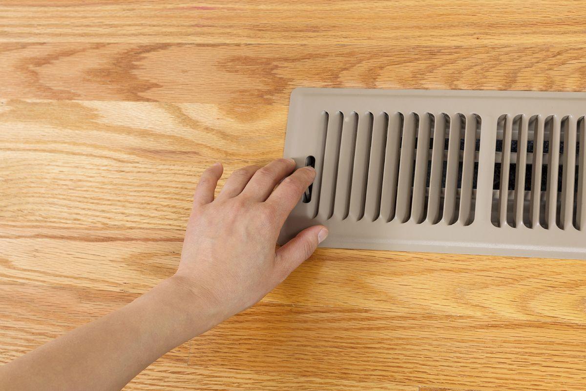 """Pericole si neconformitati la aparatele de ventilatie cu recuperare de caldura. Ce trebuie sa stim pentru a evita o """"pacaleala""""?"""
